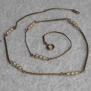 Jewelry - Gold chain links white pearl link necklace